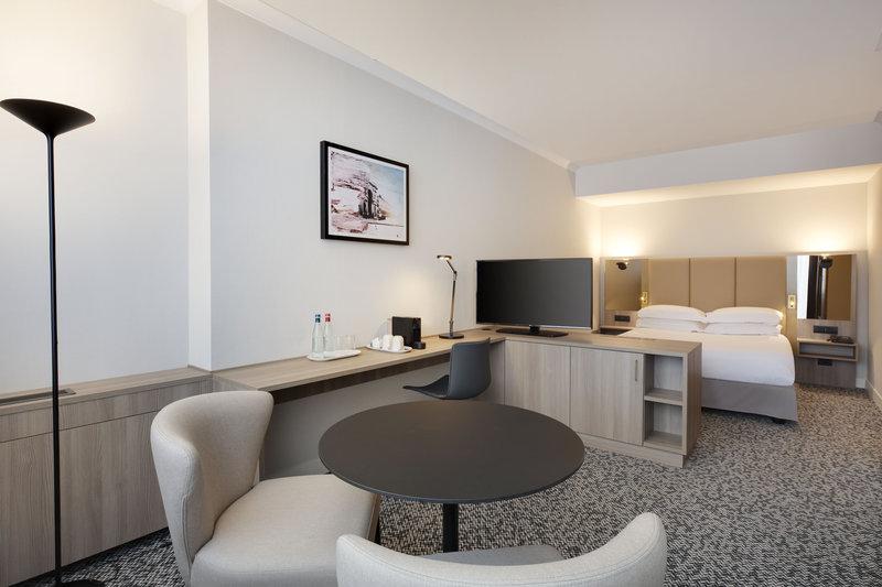 Crowne Plaza Milan - Linate-Suite #32<br/>Image from Leonardo