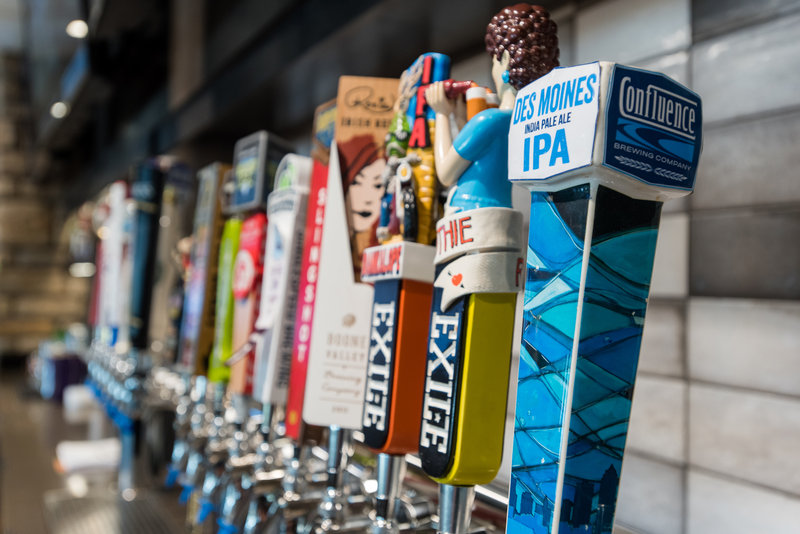 Holiday Inn Hotel & Suites Des Moines-Northwest-Craft beers are just lining up to please our Guests at Bennigan's!<br/>Image from Leonardo