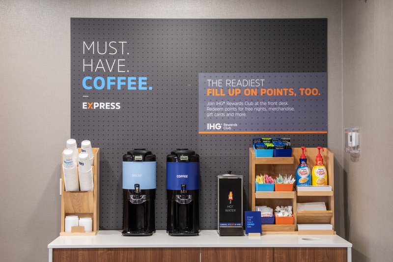Holiday Inn Express Prescott-Did you say coffee? Don't forget to take a cup to go.<br/>Image from Leonardo
