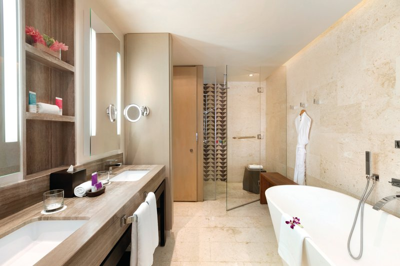 Hyatt Zilara Rose Hall-Swim Up Junior Suite Bathroom<br/>Image from Leonardo