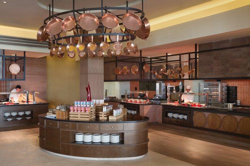 Hyatt Ziva Cancun  - El Mercado Buffet <br/>Image from Leonardo