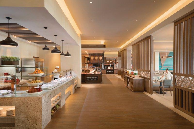 Hyatt Ziva Cancun  - El Mercado International Buffet <br/>Image from Leonardo