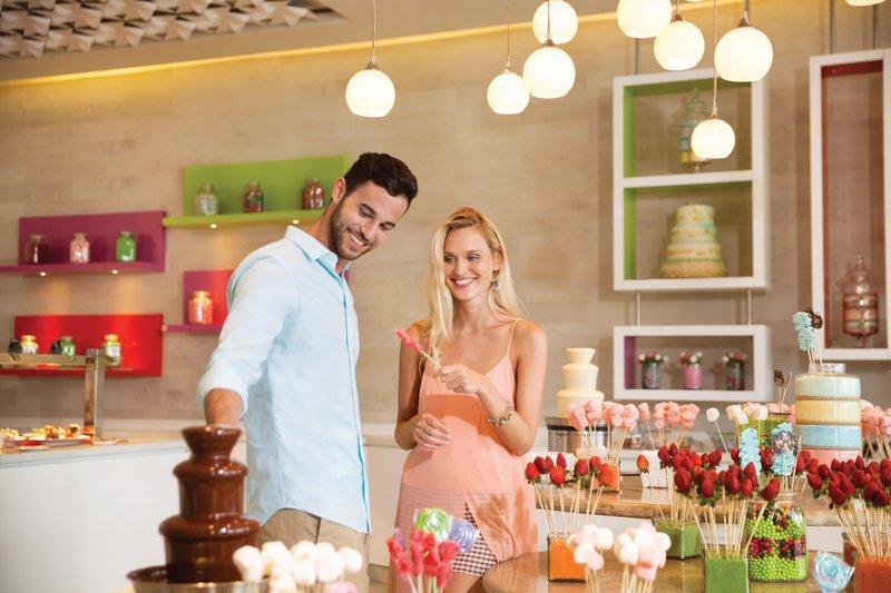 Hyatt Ziva Cancun  - Pasteles Dessert Parlor <br/>Image from Leonardo