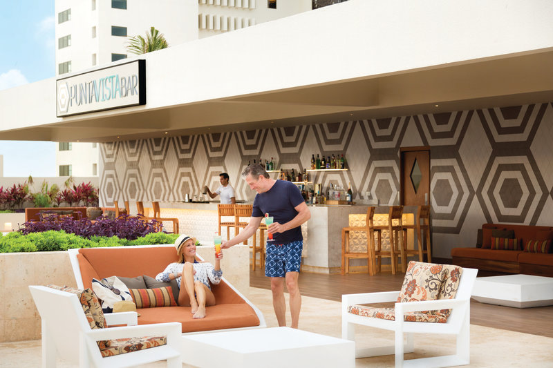 Hyatt Ziva Cancun  - Punta Vista Rooftop Bar At Turquoize <br/>Image from Leonardo