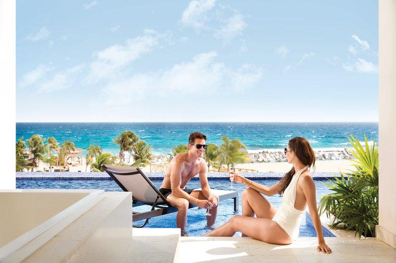 Hyatt Ziva Cancun  - Turquoize Sky Swim Up Oceanfront <br/>Image from Leonardo