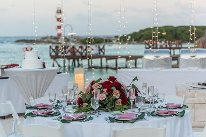 Hyatt Ziva Cancun  - Hyatt Ziva Cancun Weddings Fire Pit <br/>Image from Leonardo