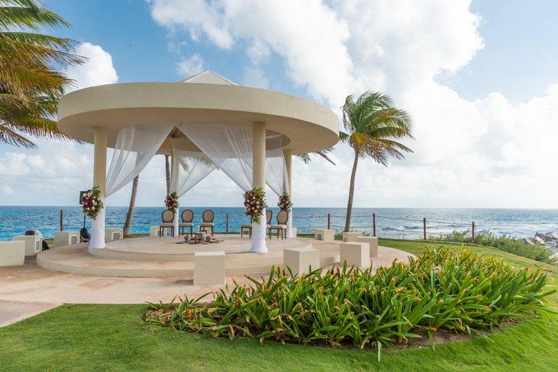 Hyatt Ziva Cancun  - Weddings Cliff Gazebo <br/>Image from Leonardo