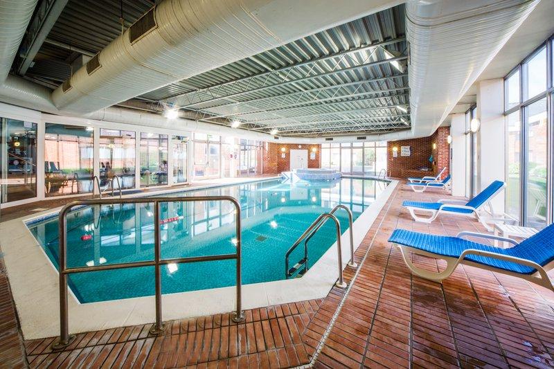 Holiday Inn Reading-South M4, Jct.11-Spirit Health Club Swimming pool<br/>Image from Leonardo