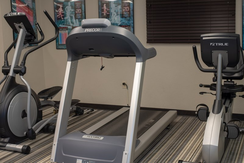 Candlewood Suites Pittsburgh-Airport-Get in a nice workout in our Fitness Center<br/>Image from Leonardo