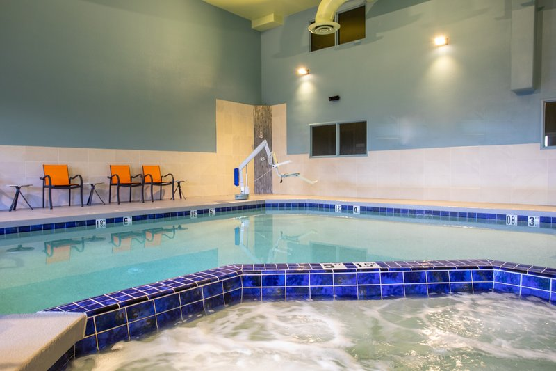 Holiday Inn Express Prescott-Swimming Pool<br/>Image from Leonardo