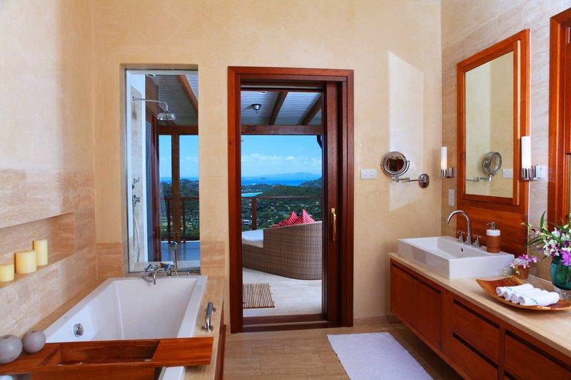 Young  Island  Resort-Il Sogno Five Bedroom Villa Bathroom<br/>Image from Leonardo