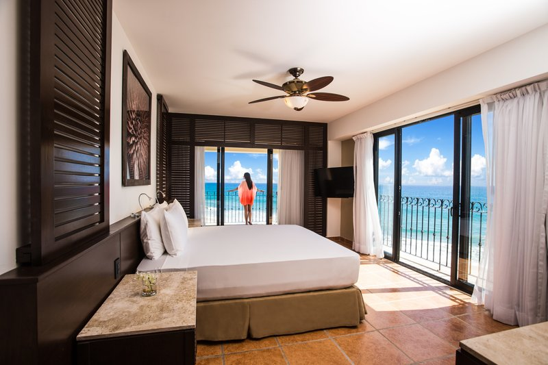 Hyatt Ziva Los Cabos - Oceanfront Two Bedroom Grand Master Suite <br/>Image from Leonardo