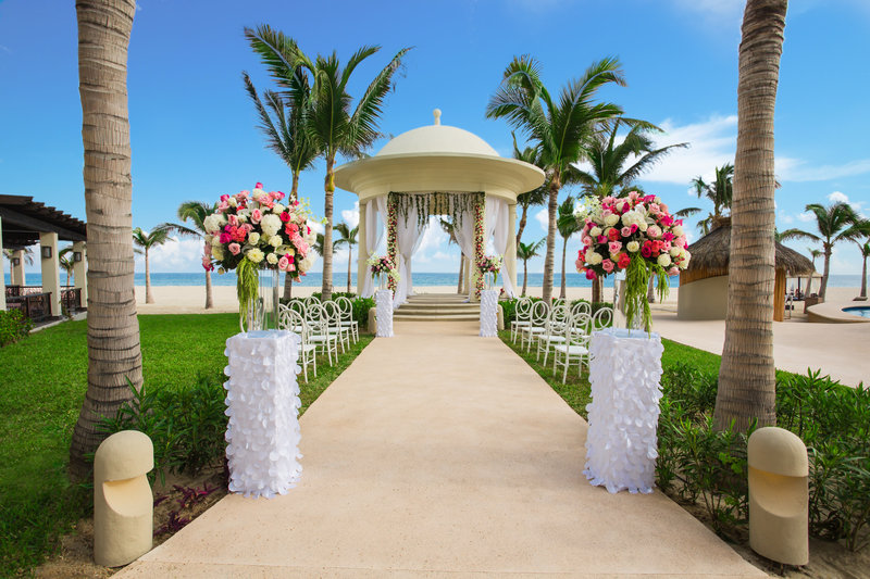 Hyatt Ziva Los Cabos - Gazebo Weddings <br/>Image from Leonardo