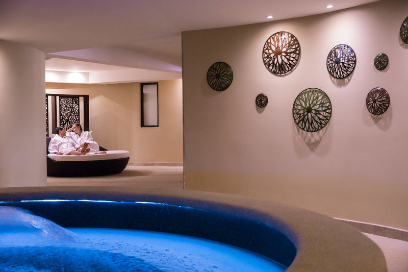 Hyatt Ziva Los Cabos - Hyatt Ziva Los Cabos Spa Couple Relaxing <br/>Image from Leonardo