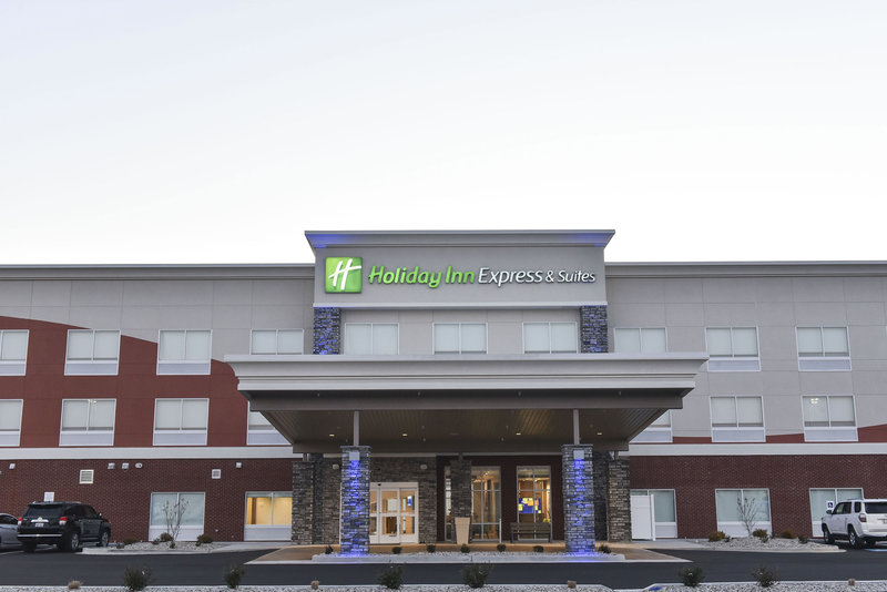 Holiday Inn Express And Suites Madisonville-Hotel Exterior<br/>Image from Leonardo