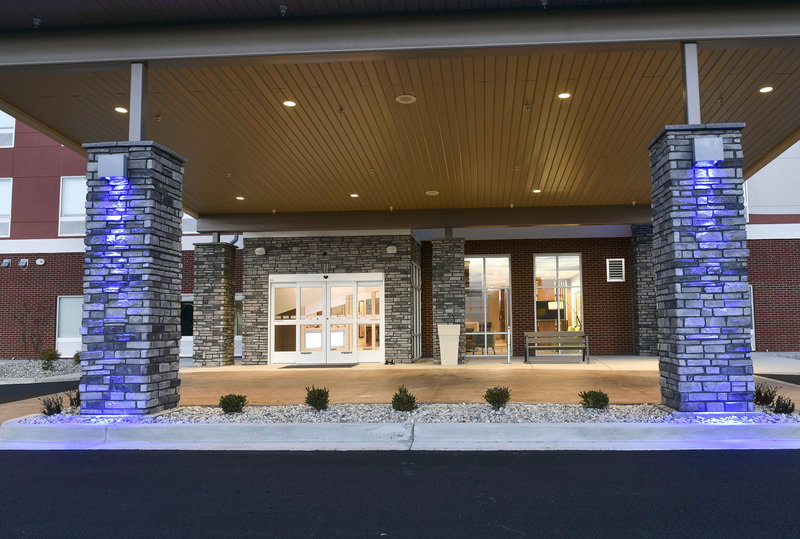 Holiday Inn Express And Suites Madisonville-Entrance<br/>Image from Leonardo