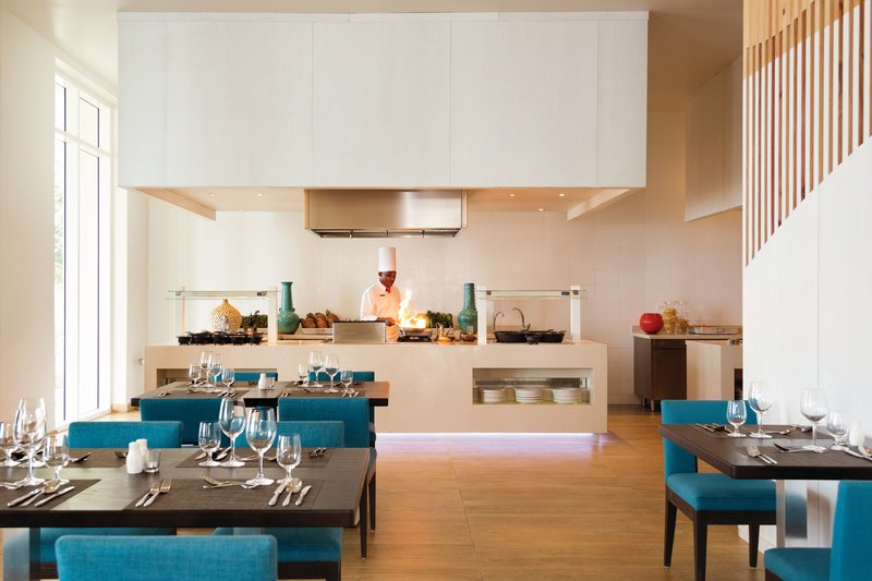 Hyatt Ziva Rose Hall - Chef SStation At Choicez Buffet <br/>Image from Leonardo