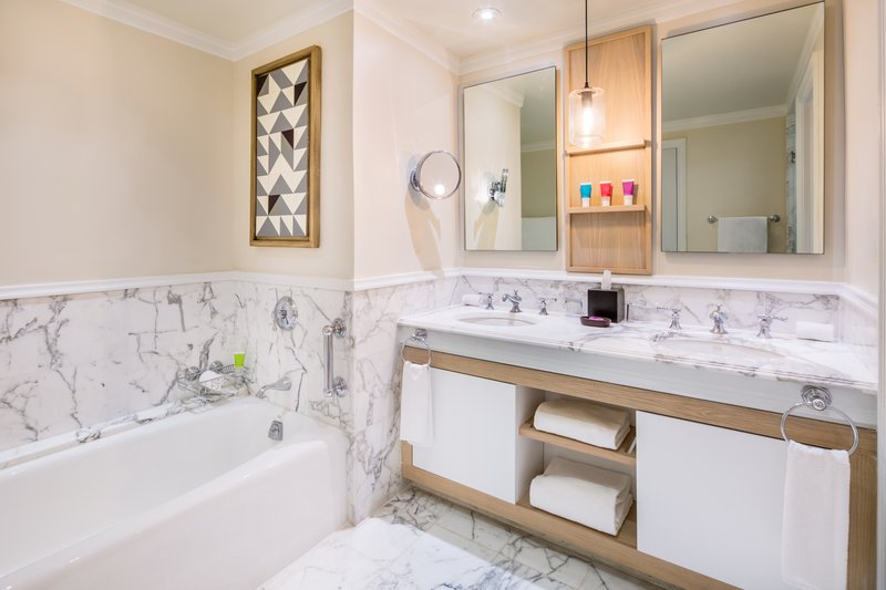 Hyatt Ziva Rose Hall - Hyatt Ziva Rose Hall Swim Up Double Bathroom <br/>Image from Leonardo