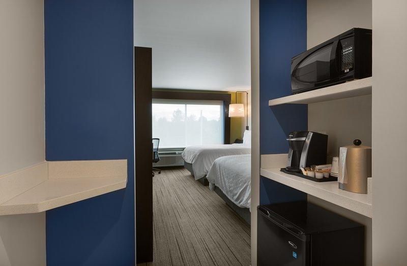 Holiday Inn Express Lake Park-Guest Room<br/>Image from Leonardo