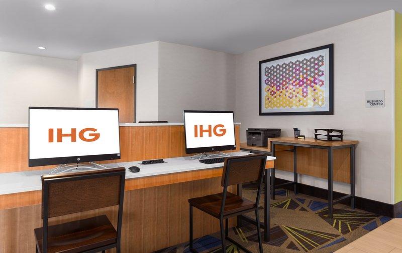Holiday Inn Express Lake Park-Business Center<br/>Image from Leonardo