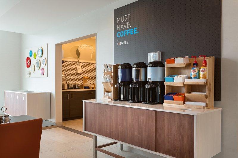 Holiday Inn Express Lake Park-Breakfast Area<br/>Image from Leonardo