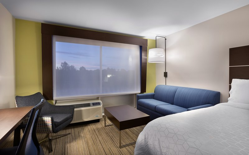 Holiday Inn Express Lake Park-Sleeper Sofa<br/>Image from Leonardo