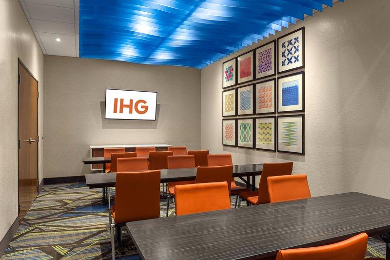 Holiday Inn Express Lake Park-Meeting Room<br/>Image from Leonardo