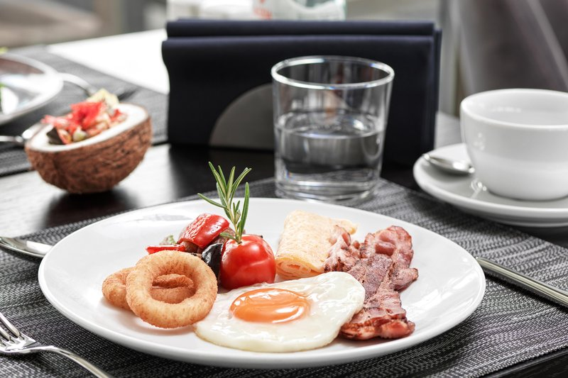 Metropol Palace Belgrade; a Luxury Collection Hotel-22 Rooftop  Restaurant - Breakfast<br/>Image from Leonardo