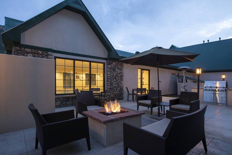 Holiday Inn Hotel & Suites Durango Central-Outdoor Patio<br/>Image from Leonardo