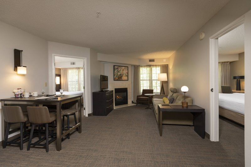 Holiday Inn Hotel & Suites Durango Central-Two-Bedroom Suite<br/>Image from Leonardo