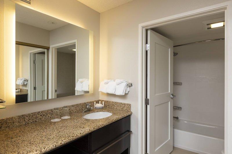 Holiday Inn Hotel & Suites Durango Central-Suite - Bathroom Vanity<br/>Image from Leonardo