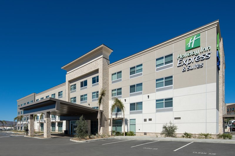 Holiday Inn Express & Suites Murrieta-Hotel Exterior<br/>Image from Leonardo
