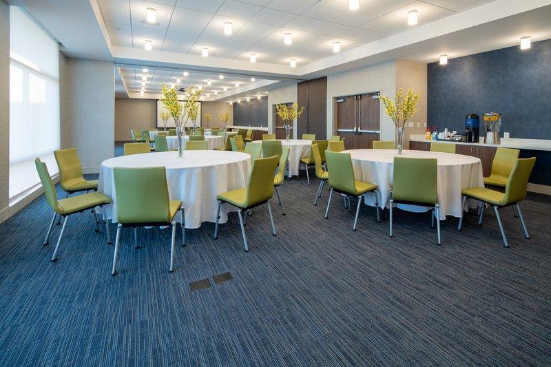 Holiday Inn Express & Suites Murrieta-Ballroom<br/>Image from Leonardo