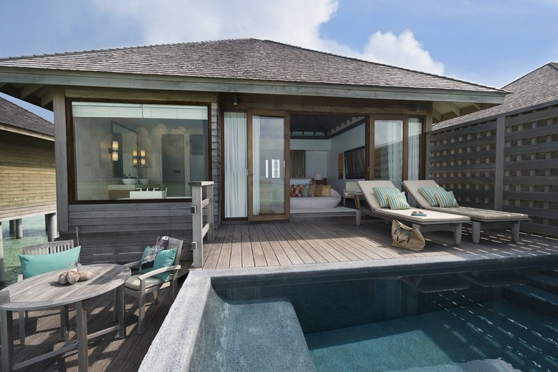 Anantara Veli - Anantara_Veli_Maldives_Resort_Guest_Room_Deluxe_Over_Water_Pool_Bungalow <br/>Image from Leonardo