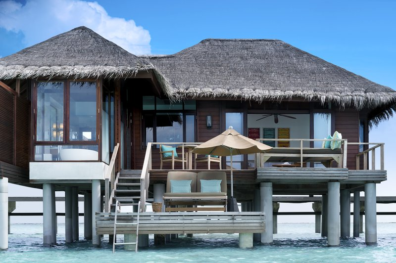 Anantara Veli - Anantara_Veli_Maldives_Resort_Guest_Room_Deluxe_Over_Water_Bungalow <br/>Image from Leonardo