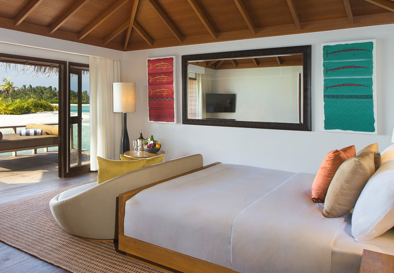 Anantara Veli - Anantara_Veli_Maldives_Resort_Guest_Room_Over_Water_Bungalow <br/>Image from Leonardo