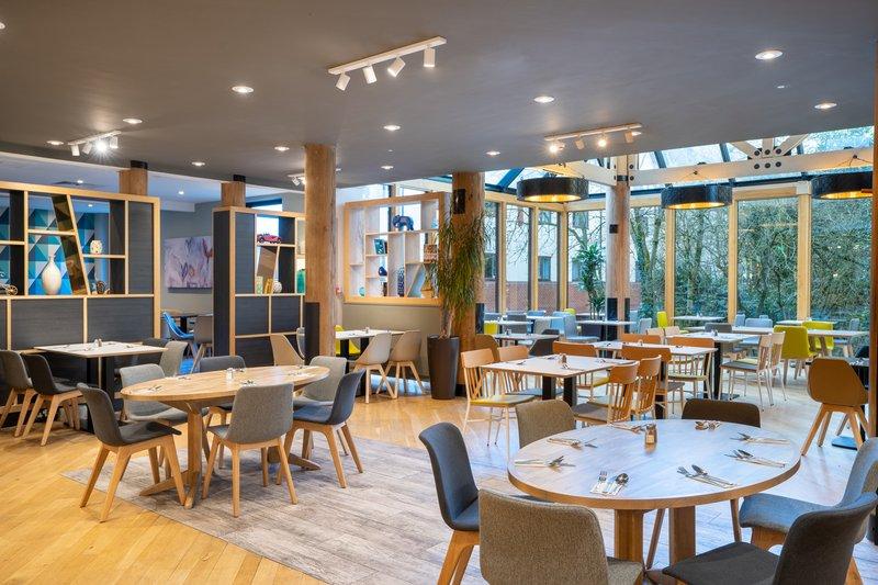 Holiday Inn Hemel Hempstead M1, Jct. 8-Restaurant<br/>Image from Leonardo