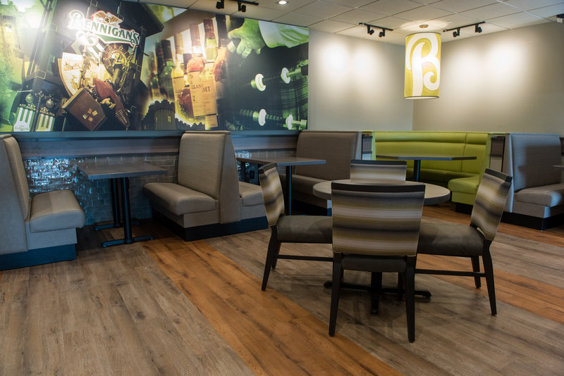 Holiday Inn Hotel & Suites Des Moines-Northwest-Dining Room<br/>Image from Leonardo