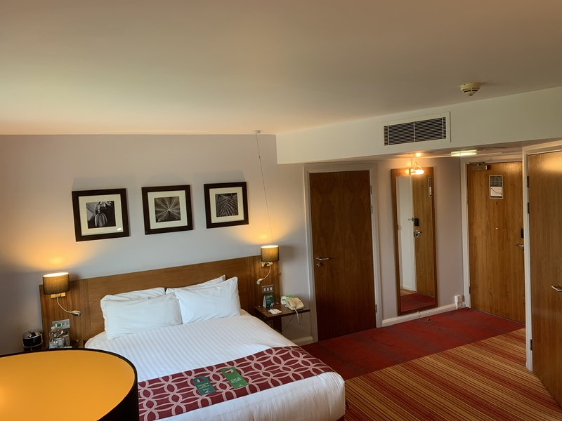 Holiday Inn Norwich City-Guest Room<br/>Image from Leonardo