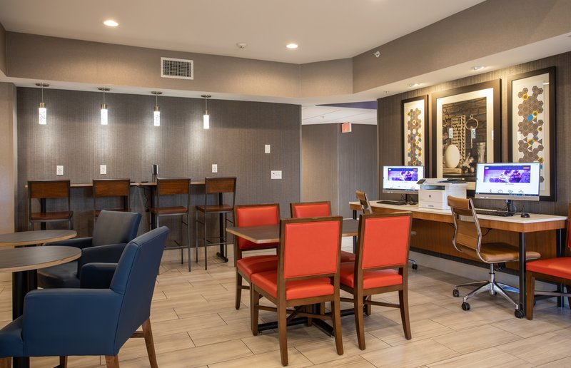 Holiday Inn Express Prescott-Hotel Lobby<br/>Image from Leonardo