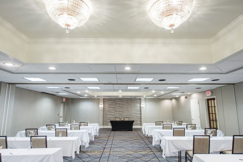 Crowne Plaza Edison-1550 Square Foot Meeting Room<br/>Image from Leonardo