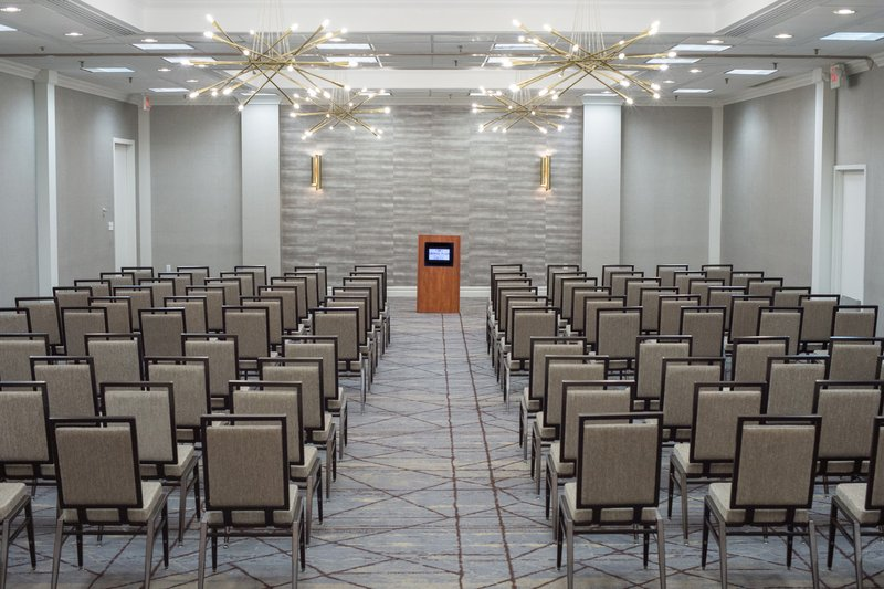 Crowne Plaza Edison-Theater Style Set Up<br/>Image from Leonardo
