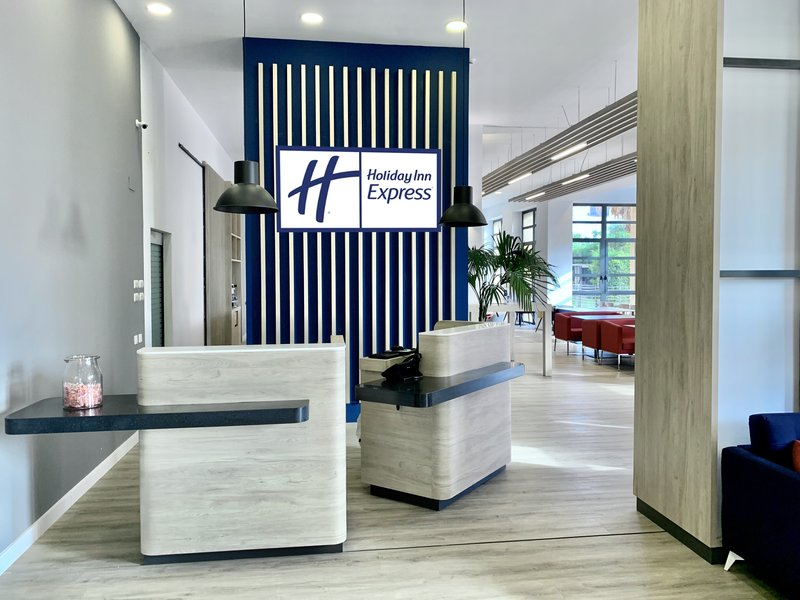 Holiday Inn Express Valencia Ciudad las Ciencias-Entrance<br/>Image from Leonardo