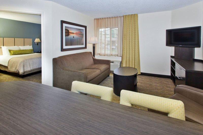 Candlewood Suites Boston-Burlington-One Bedroom Suite<br/>Image from Leonardo