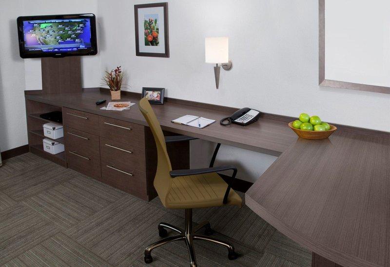 Candlewood Suites Boston-Burlington-Studio Suite Work Desk Area<br/>Image from Leonardo