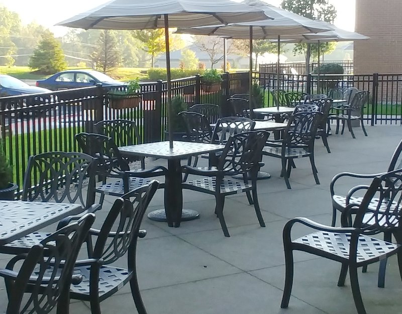 Holiday Inn Ft. Wayne-IPFW & Coliseum-Enjoy the Outdoor Patio!<br/>Image from Leonardo