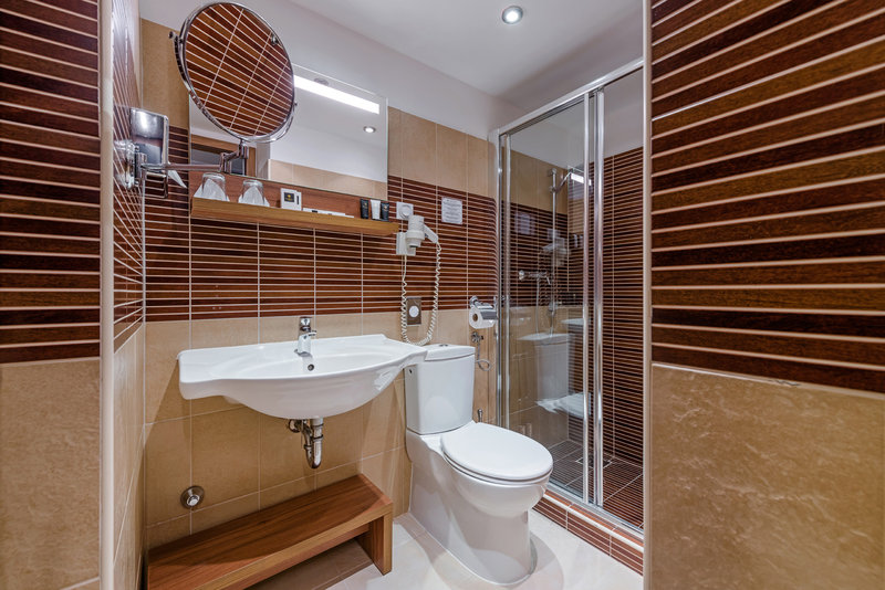 Boutique Hotel Budapest-Boutique Hotelbathroom<br/>Image from Leonardo