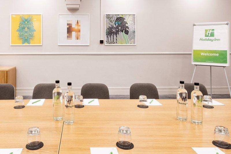 Holiday Inn Farnborough-Medium size meeting room <br/>Image from Leonardo