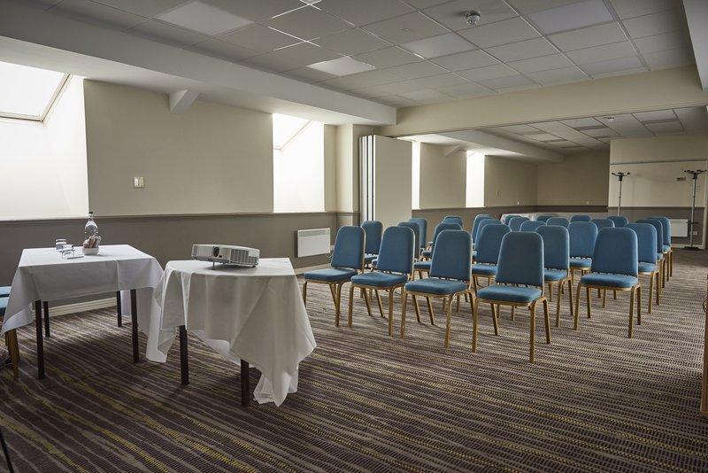 Holiday Inn Northampton West M1, Jct 16-Meeting Room<br/>Image from Leonardo