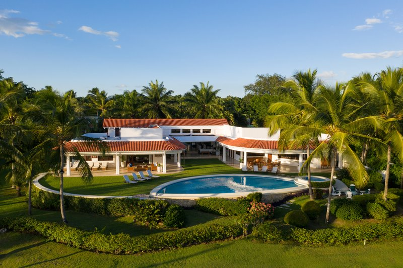 Casa De Campo - CieloAzulOceanfront Villa <br/>Image from Leonardo